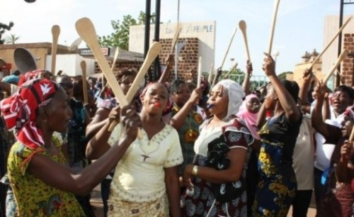 Burkinabe women protesting